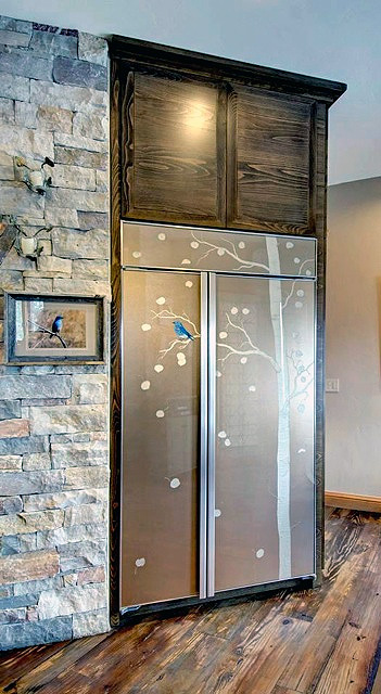 Wynn Interiors - Custom art glass on Sub-Zero refrigerator